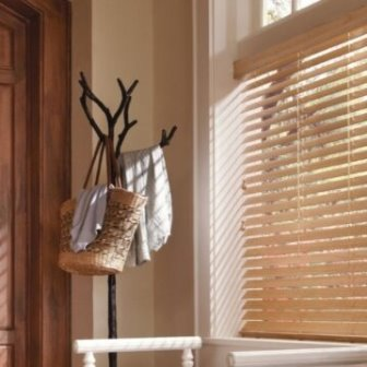 וילון ונציאני מוקצף מ PVC דמוי עץ