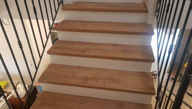 חיפוי-מדרגות-בפרקט-1