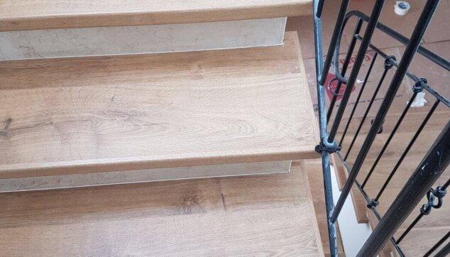 חיפוי-מדרגות-מבט-עליון