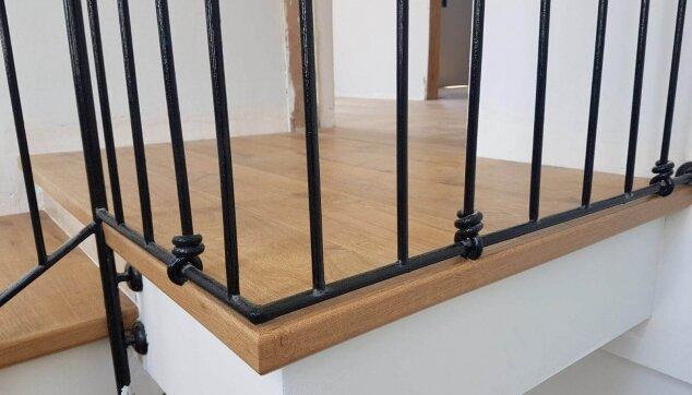 פיניש-מושלם-בקצה-הקומה-עם-סף-פרקט-אורגינל