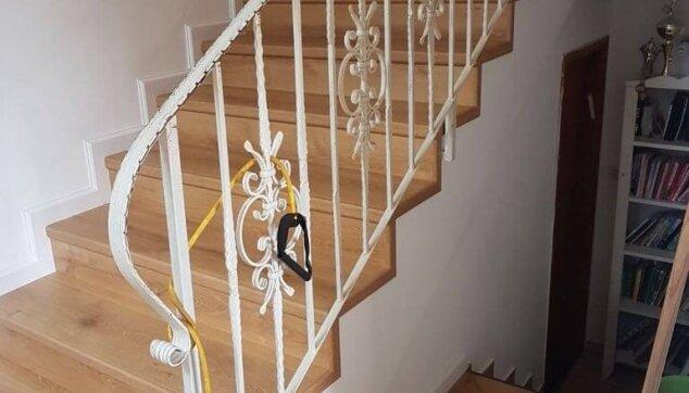 פרקט-למינציה-אלון-בקומת-מגורים-ומדרגות