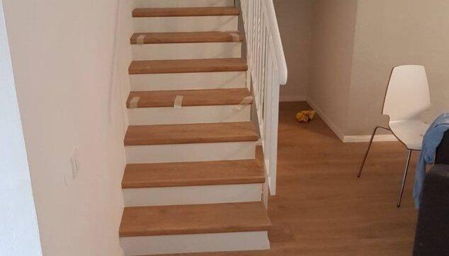 פרקט-למינציה-על-גבי-הרצפה-ועל-גבי-מדרגות