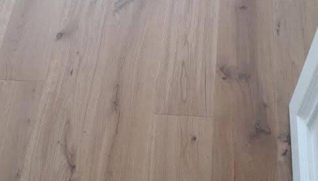 פרקט-עץ-טבעי-אלון-מבוקע