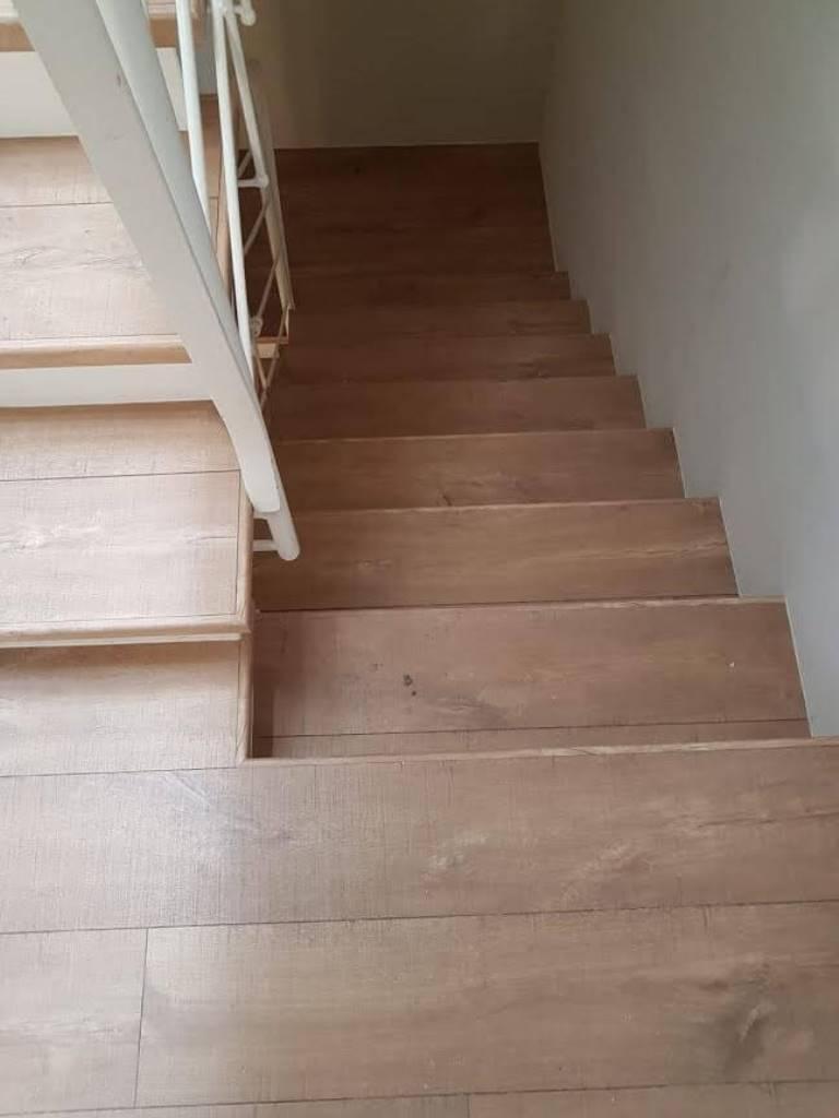 התקנה של פרקט על מדרגות