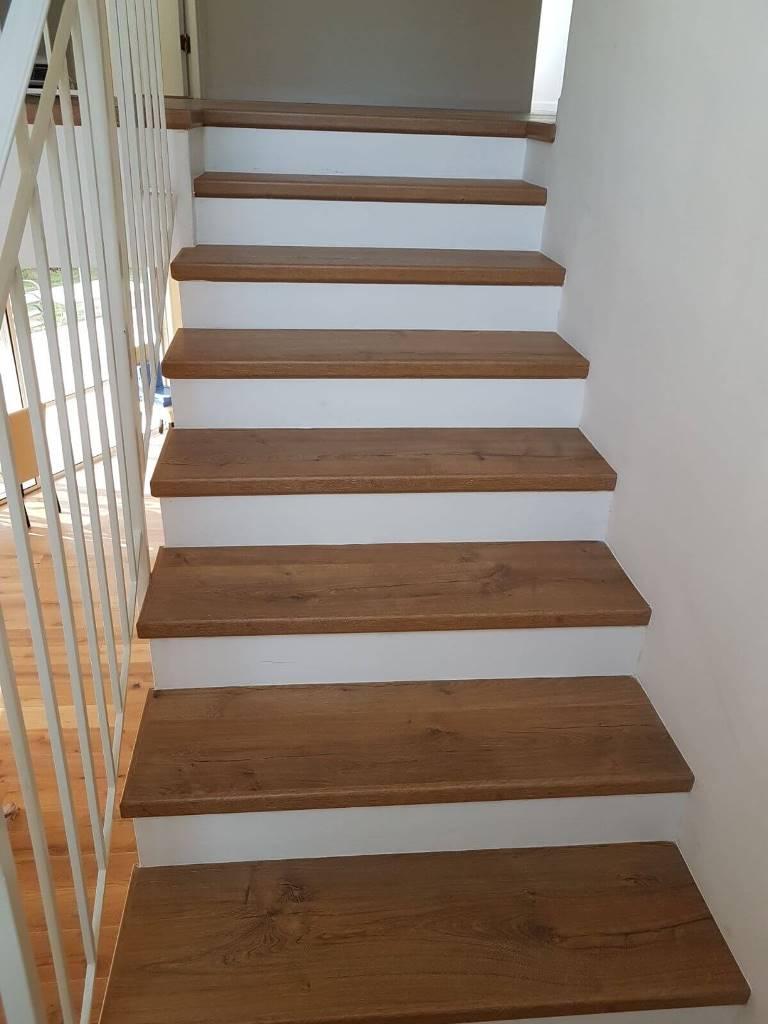התקנת פרקט למינציה על מדרגות