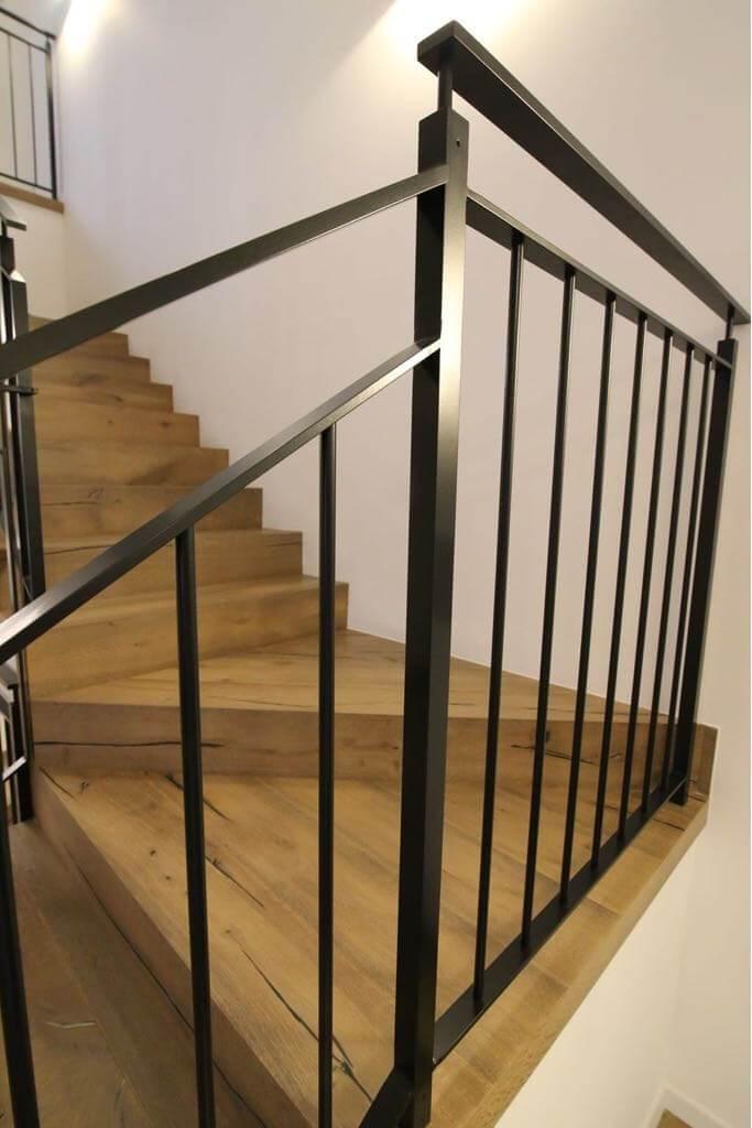 התקנת פרקט עץ על מדרגות