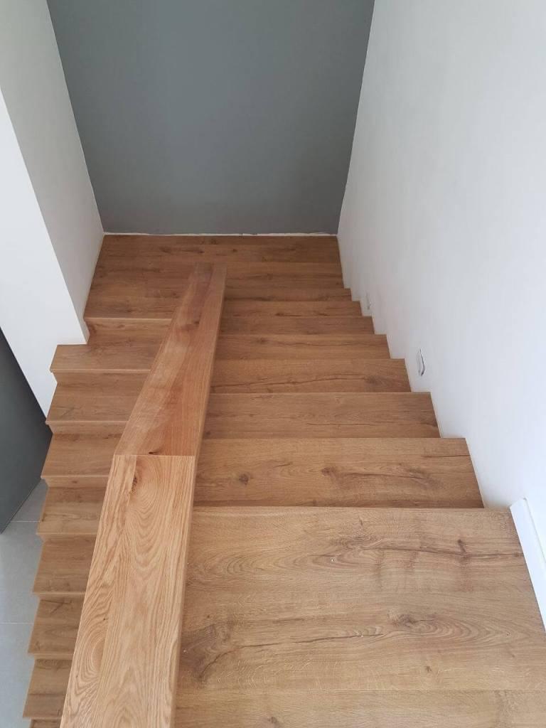 חיפוי מדרגות מבט מלמעלה