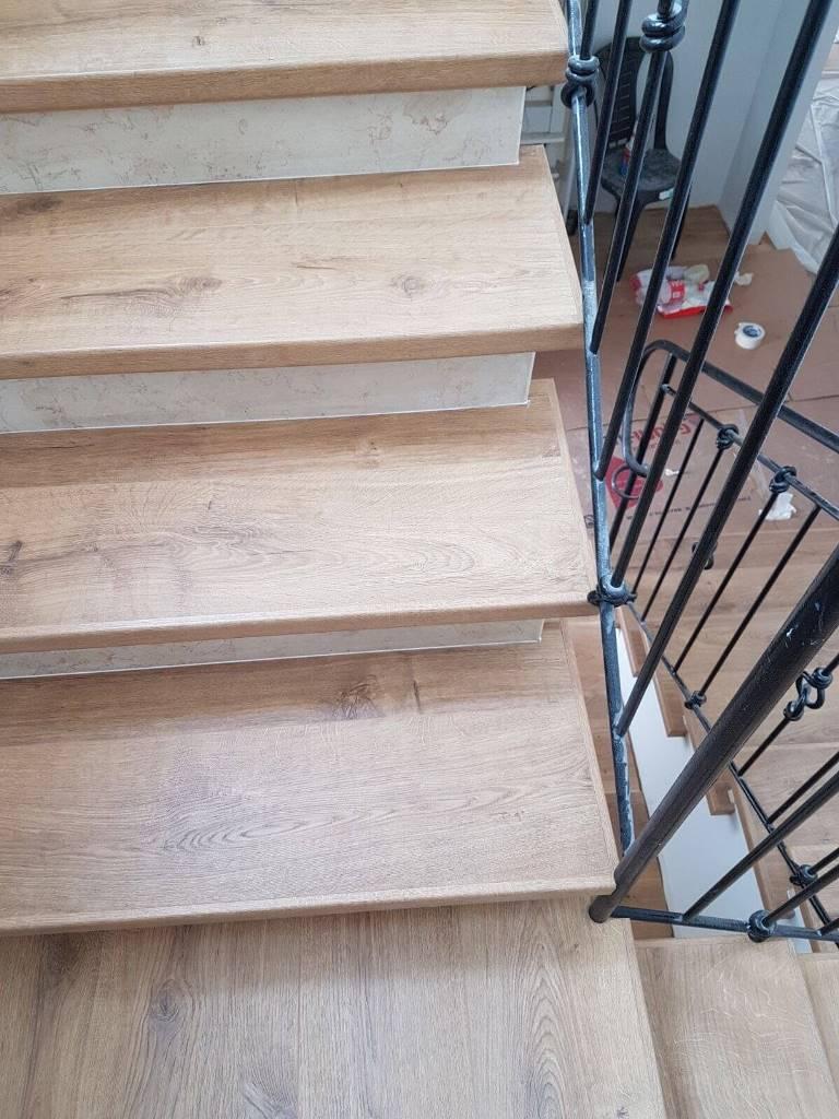 חיפוי מדרגות מבט עליון